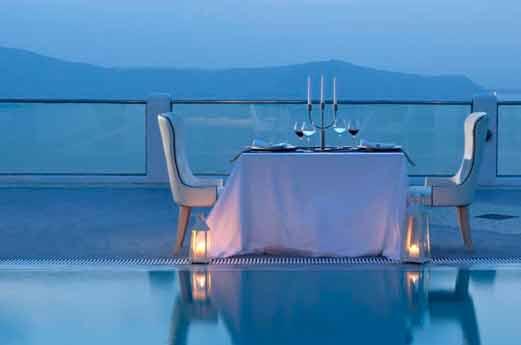 Belvedere Suites Santorini romantisch tafeltje