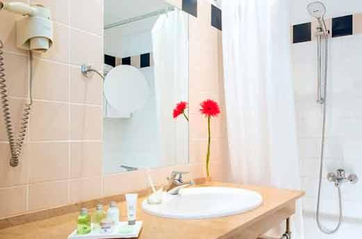 NH Belvedere Wenen badkamer