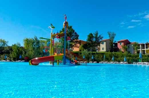 Belvedere Village Gardameer zwembad